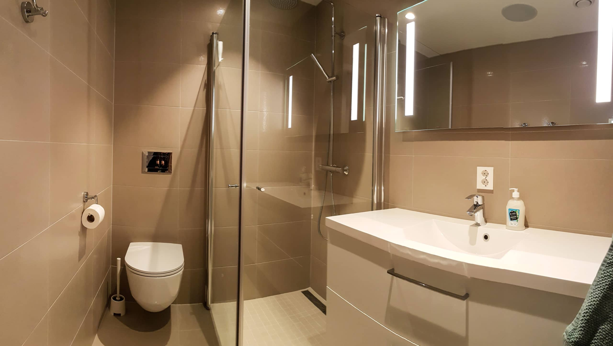 SanSelcabin Bathroom 1st floor